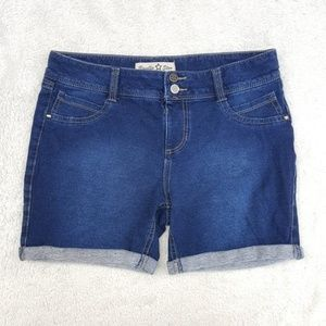Stretch Pull-On Shorts, 16
